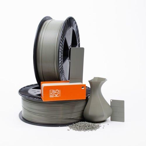 PLA 700016 Concrete grey RAL 7023 1.75 / 750